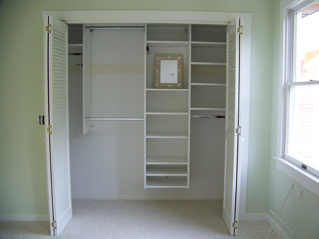 Marthas Vineyard Cape Cod Closet Design Traditional Closet