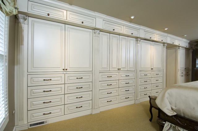 Master Bedroom Cabinetry - Traditional - Closet - chicago - by BH ...