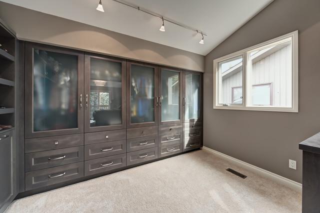 Master Bedroom Ensuite And Walk In Closet Transitional Wardrobe Calgary By Kon Strux