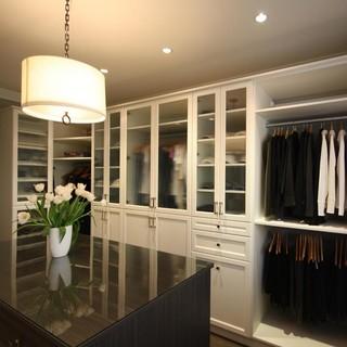 Master Bedroom Walk In Closet Richmond Bc Traditional