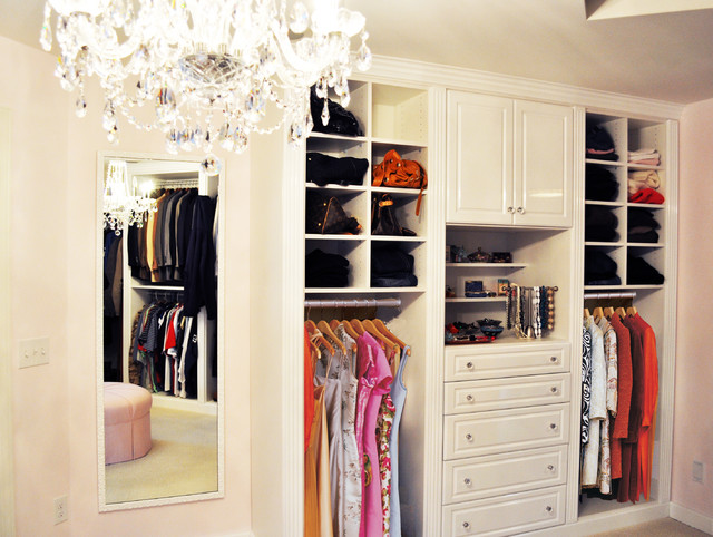 Master Closet in White High Gloss - Traditional - Closet ...