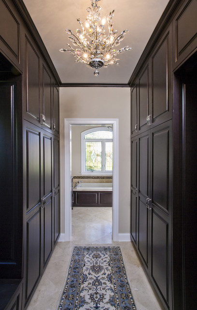 Master dressing room traditional closet chicago by for Master bedroom with ensuite and walk in wardrobe