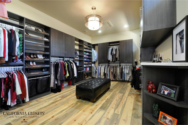 Master walk in closet contemporary closet for Master bathroom designs with walk in closets