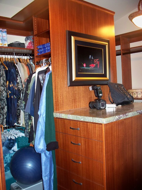 MAUICLOSET traditional-closet