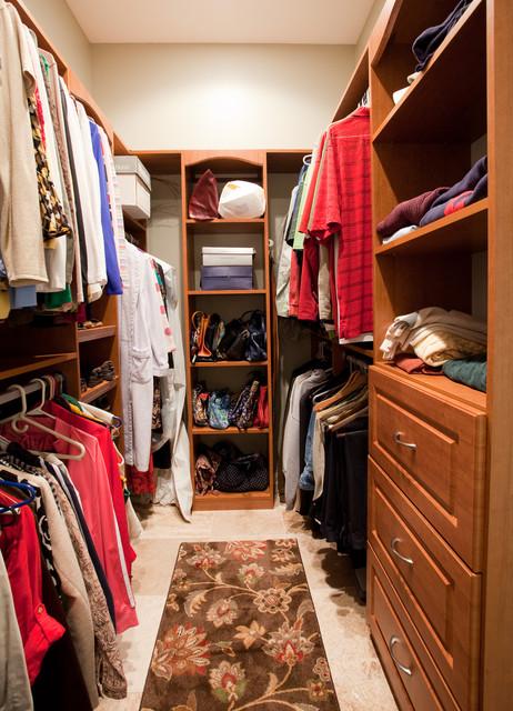 Medalist Pkwy Master Bath Remodel traditional-closet
