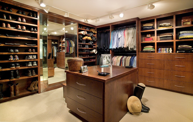 mediterranean closet by Shiflet Group Architects