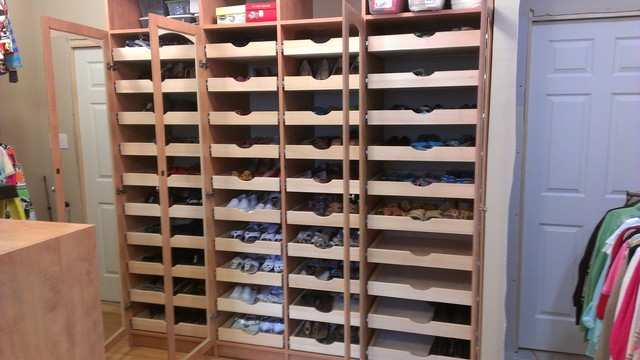 Mega Shoe Storage traditional-closet