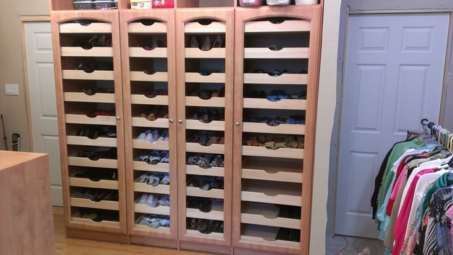Mega Shoe Storage Traditional Closet