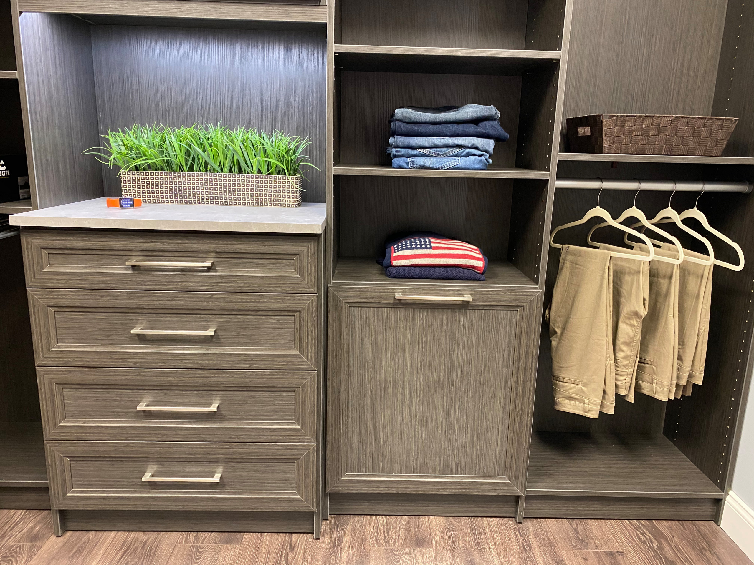 Mens Walk-in Closet