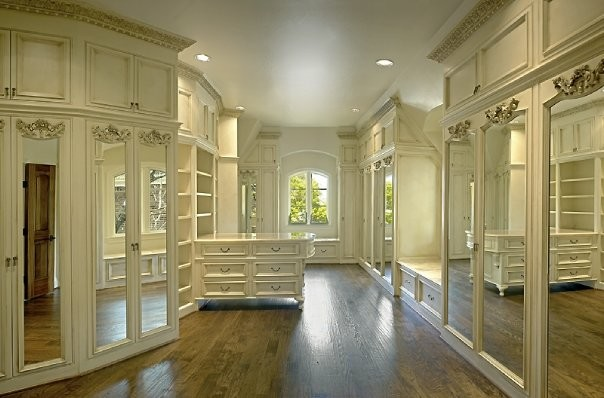 MICHAEL MOLTHAN LUXURY HOMES INTERIOR DESIGN GROUP - Traditional - Closet - dallas - by Michael ...