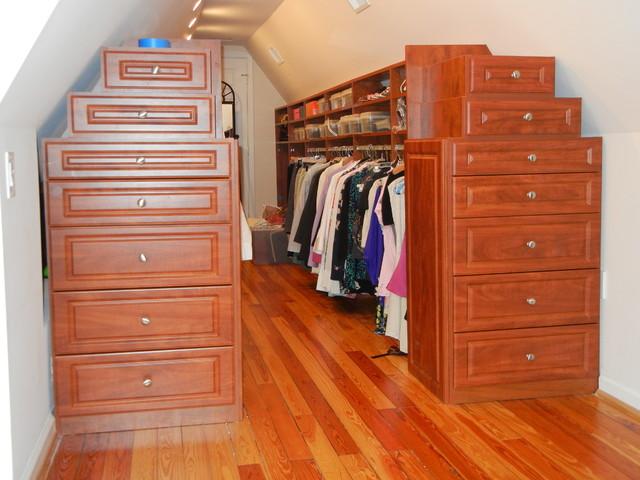 Michaela Clancy traditional-closet