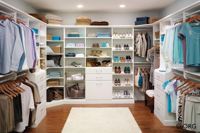 Contemporary Elegance Modern Closet