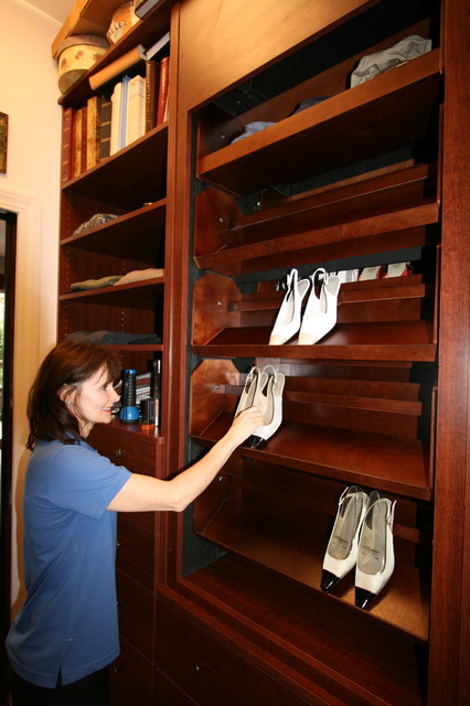 Motorized Shoe Carousel Traditional Closet By