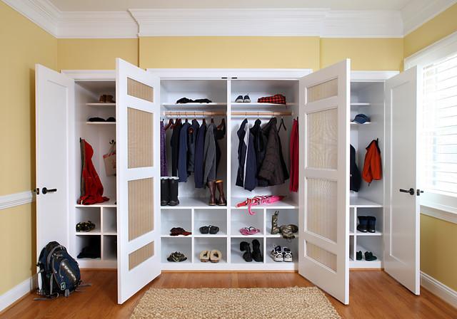 Mud room closet for Room closet organizer