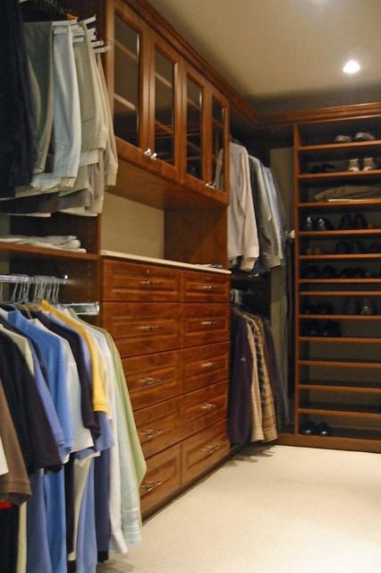 newton residence 2 - master closet - dpdk.39 traditional-closet