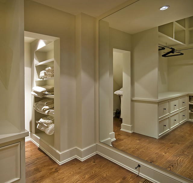 Old World Lakehouse traditional closet