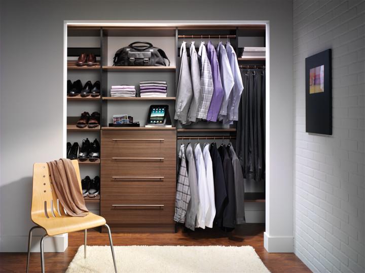 Example of a closet design in Chicago