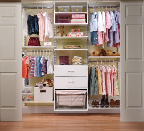 Organized Adjustable Child's Closet modern-closet