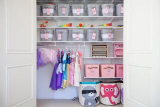 Organized Kid's Rooms & Playrooms
