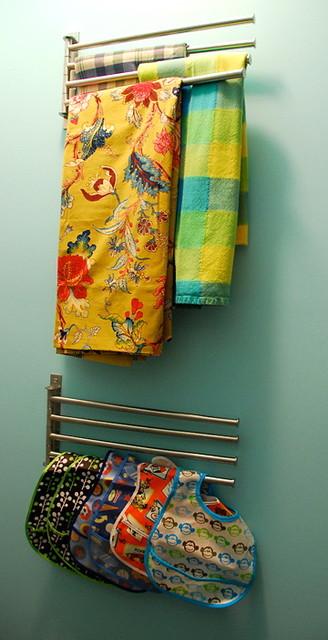 Pantry modern-closet