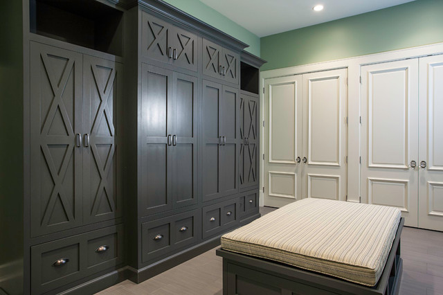 traditional closet by Lane Myers Construction
