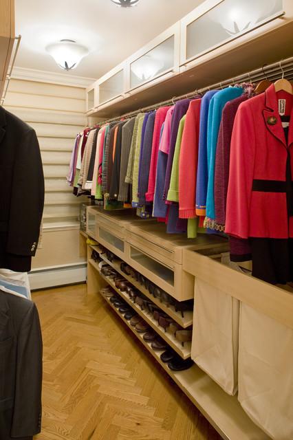 Attirant Elegant Walk In Closet Photo In New York