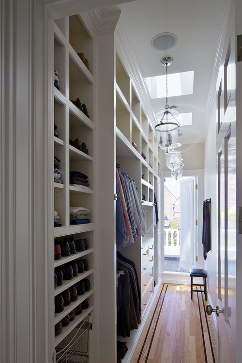 Presidio Heights Residence traditional closet