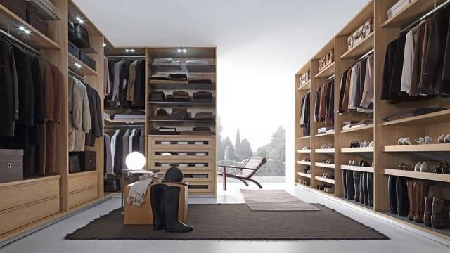 Presotto modern-closet