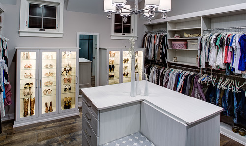Walk-in Closet Wonderland: Lighting Your Private Boutique | Hudson ...