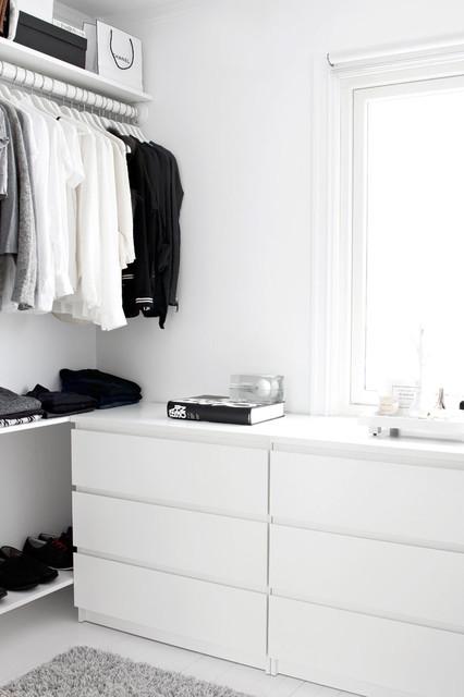 Proyecto de Interiorismo Residencial Rio Real modern-closet