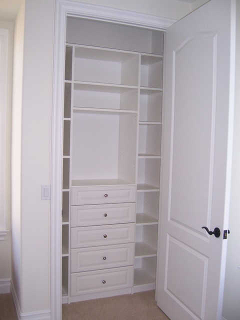 Reach In Closet   White Melamine W/Drawers Traditional Closet