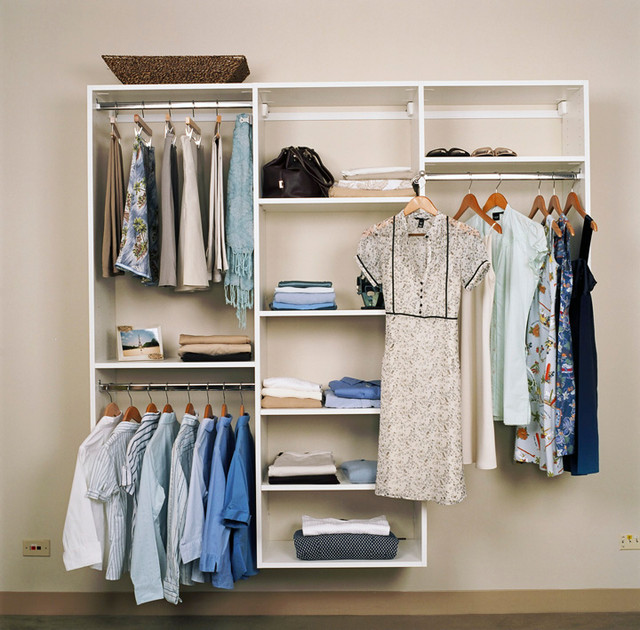 Reach in closets modern closet chicago by closet for Closets by design chicago