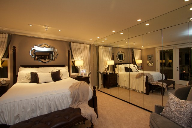 Robeson Design Master Bedroom With Mirrored Closet Storage Ideas