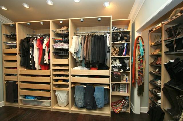 Merveilleux Closet   Transitional Closet Idea In San Diego
