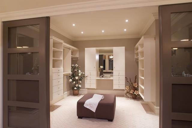 Sauvignon bc children 39 s lottery home traditional for Studio closet design