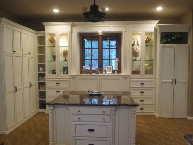 Shelton Remodel - Traditional - Closet - other metro - by Suzanne Hargett