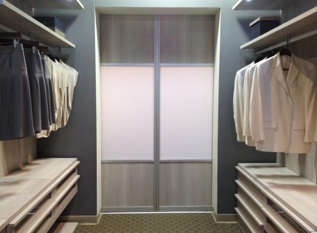 Photo Of A Contemporary Wardrobe In Miami.