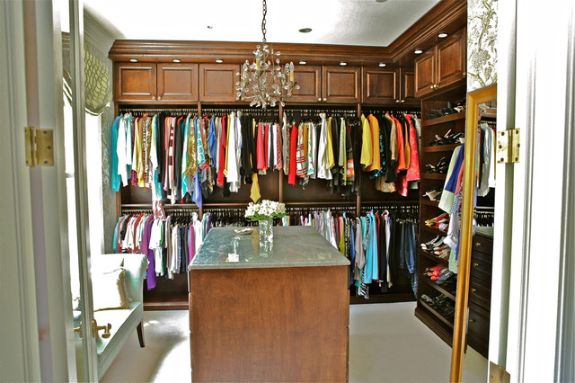 Stain grade master walk in closets his and hers for His and hers walk in closet