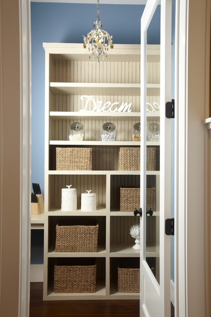 Stonebreaker Builders & Remodelers traditional-closet