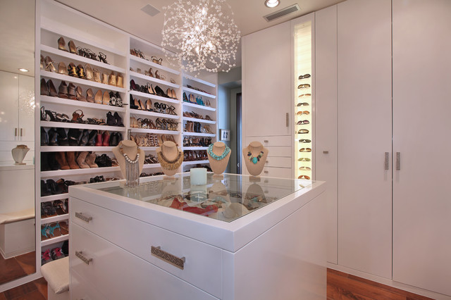 Strand Beach Contemporary Closet Orange County By