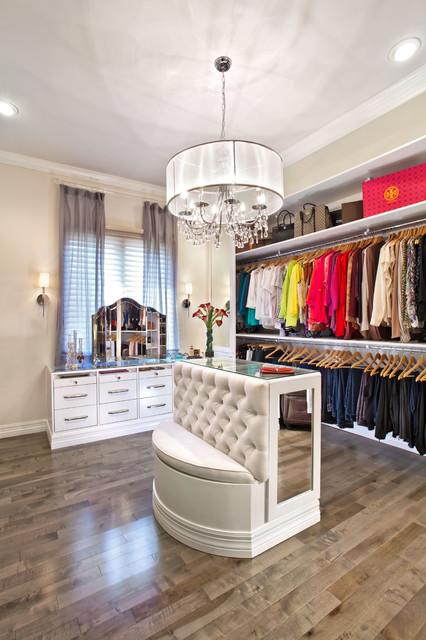 Swans Nest Estate transitional-closet