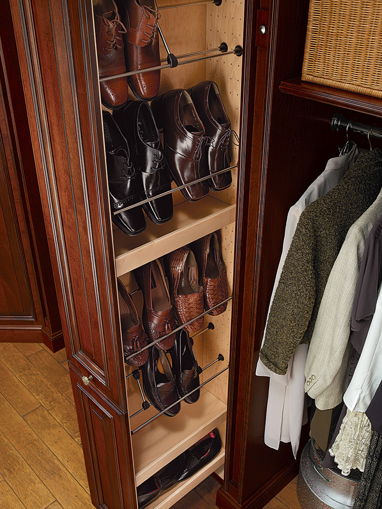 Tall Pull Out Shoe Tower Traditional