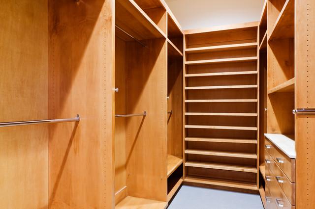 TERRAcourt modern-foervaring-och-garderob