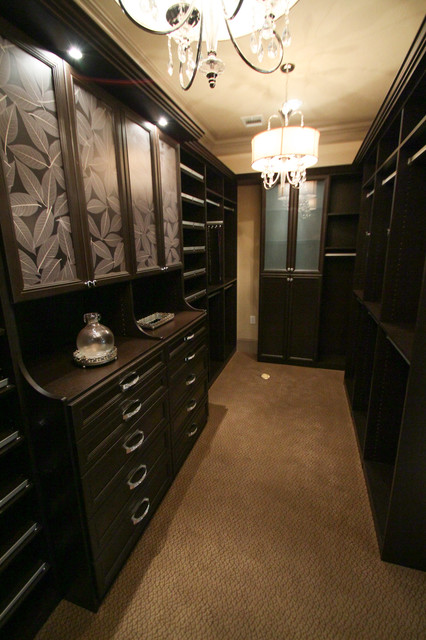 The Alexandria traditional-closet