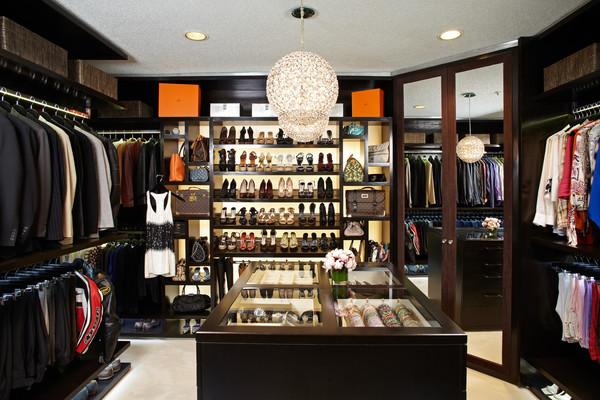 The display boutique contemporary wardrobe los for Closet design los angeles