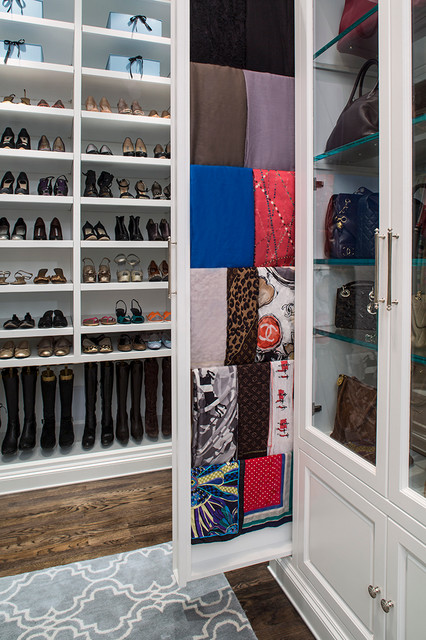The London Loft Closet Traditional Closet Los