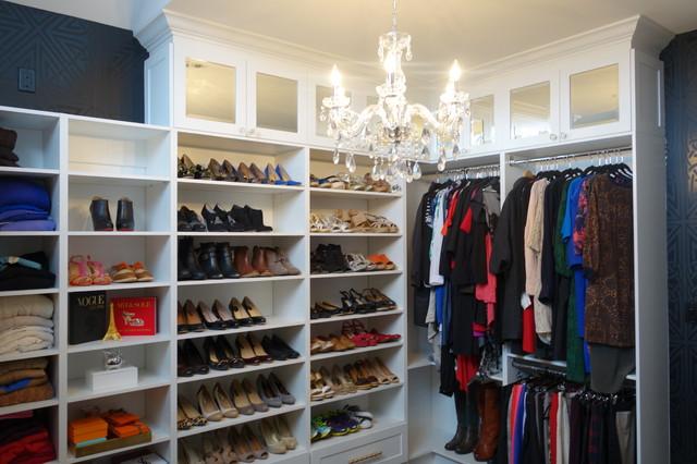 Toronto Walk-in Closet Dressing Room - Contemporary - Closet - toronto - by Toronto Custom Concepts