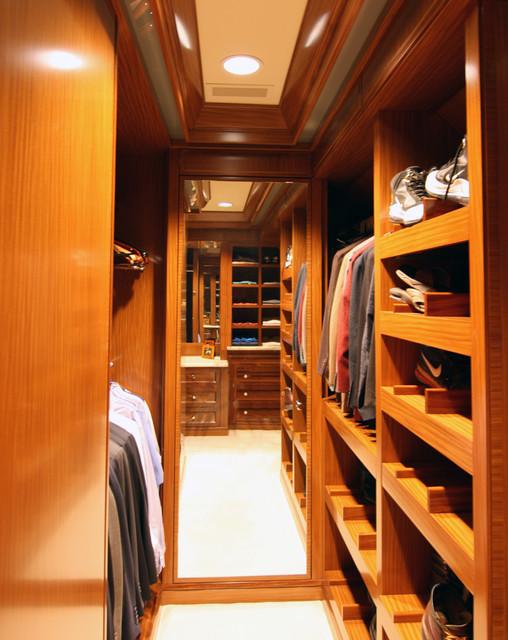 Master Closet - His traditional-closet