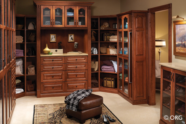 Classic Tradition In Your Walk In Closet traditional closet