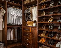 Ridgedown traditional-closet